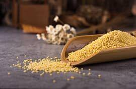 A kuszkuszt édes és sós ételekhez is felhasználhatjuk