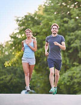 A glükozamin, kondroitin és hialuronsav kombinált hatása védelmet biztosít az ízületeknek